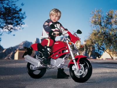 Peg Perego - Motocicleta Ducati Monster